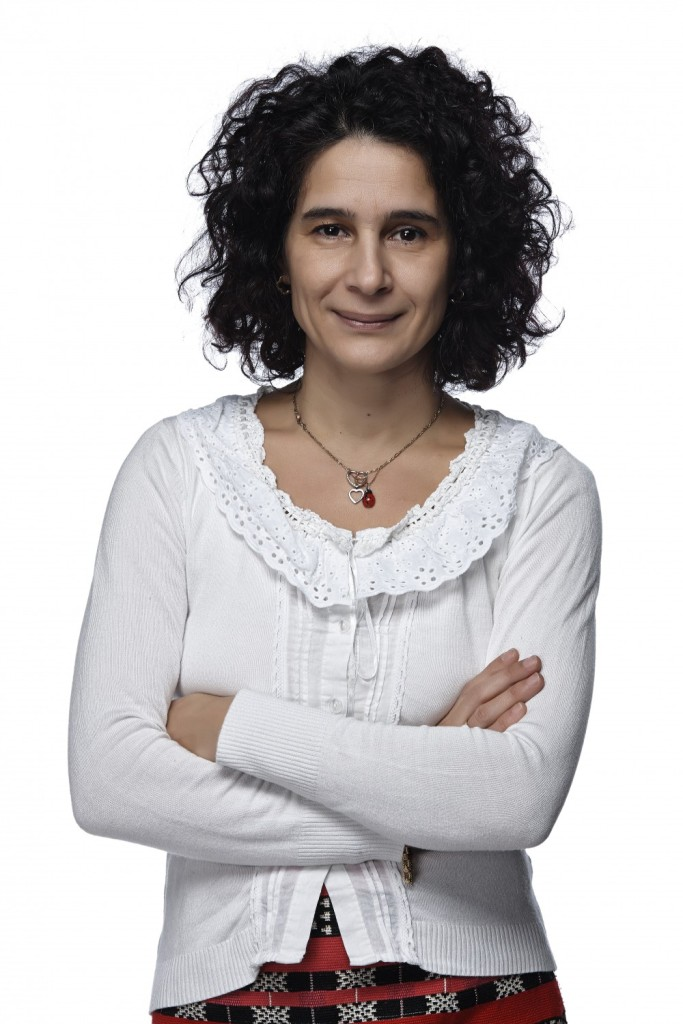 Десислава Бошнакова Деси TEDxNBU