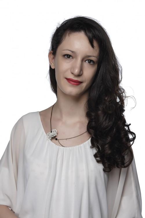 Деница Стойчева TEDxNBU
